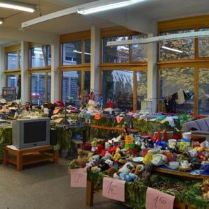 Bild zum Weblog Flohmarkt mit Schulbazar